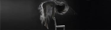 portada gracia cuerpo humano blanco negro polvo